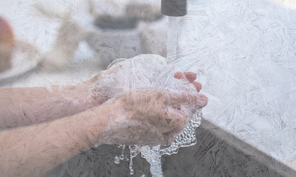 Man cleaning a nugget ice maker